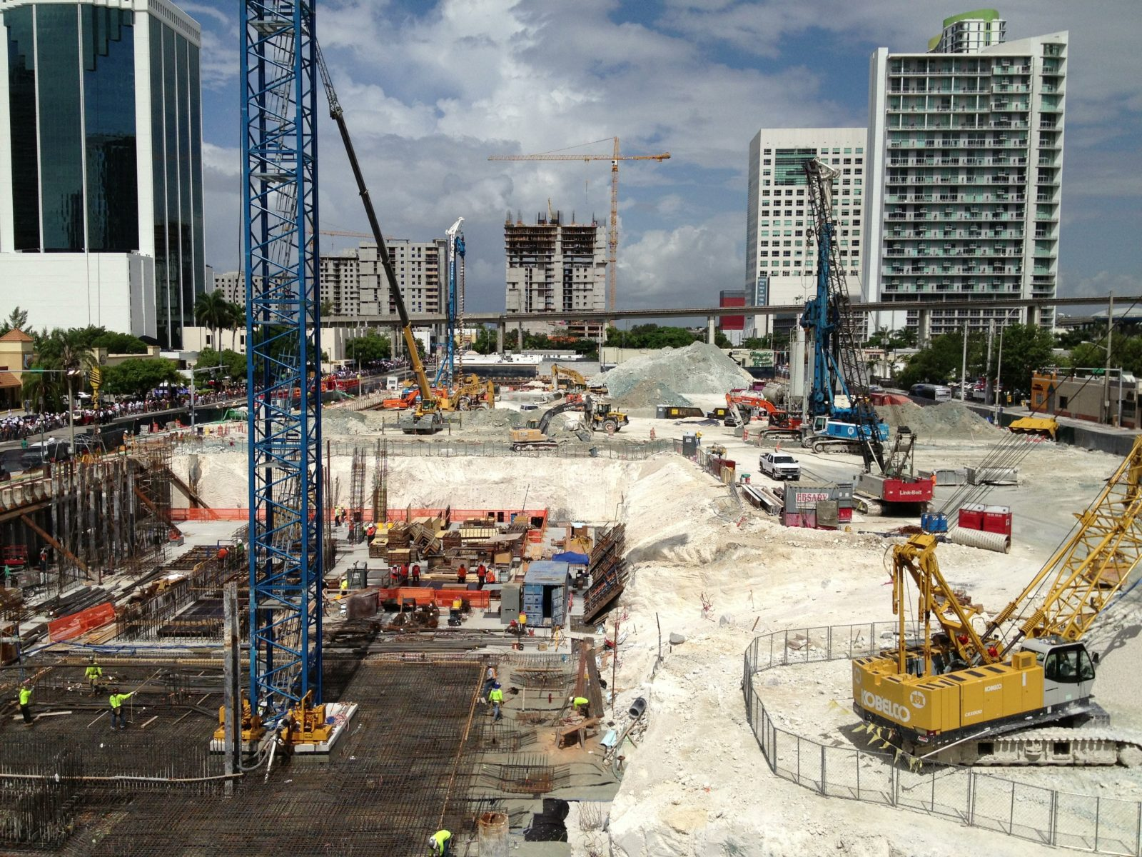 Brickell City Centre construction site with building behind