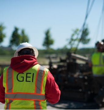 back of GEI yellow vest